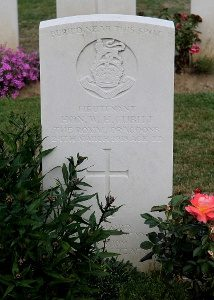 William Hugh's grave at Noyon, III.E.9 (The War Graves Photographic Project - TWGPP)