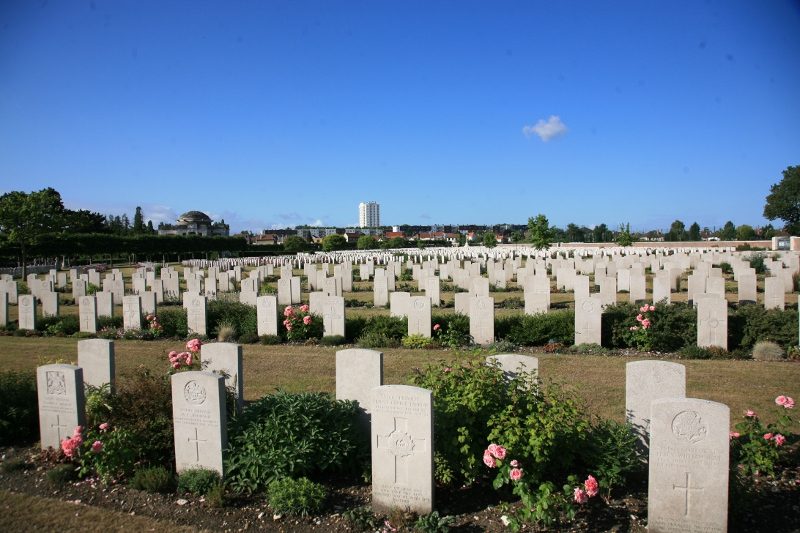 St Sever Cemetery Extension, Rouen (The Great War Photographic