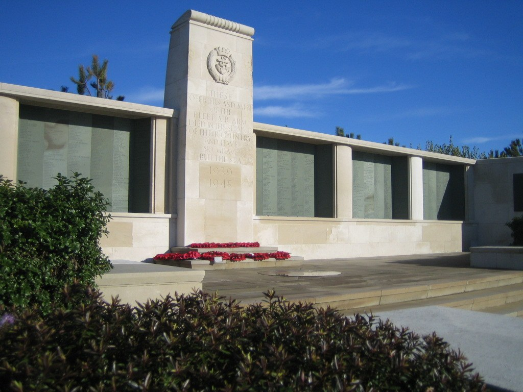 The Lee-on-Solent Memorial (photograph courtesy Commonwealth War