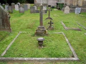 The grave of Benjamin and Mary Elizabeth Bradley, photograph by Pauline Bennett nee Bradley