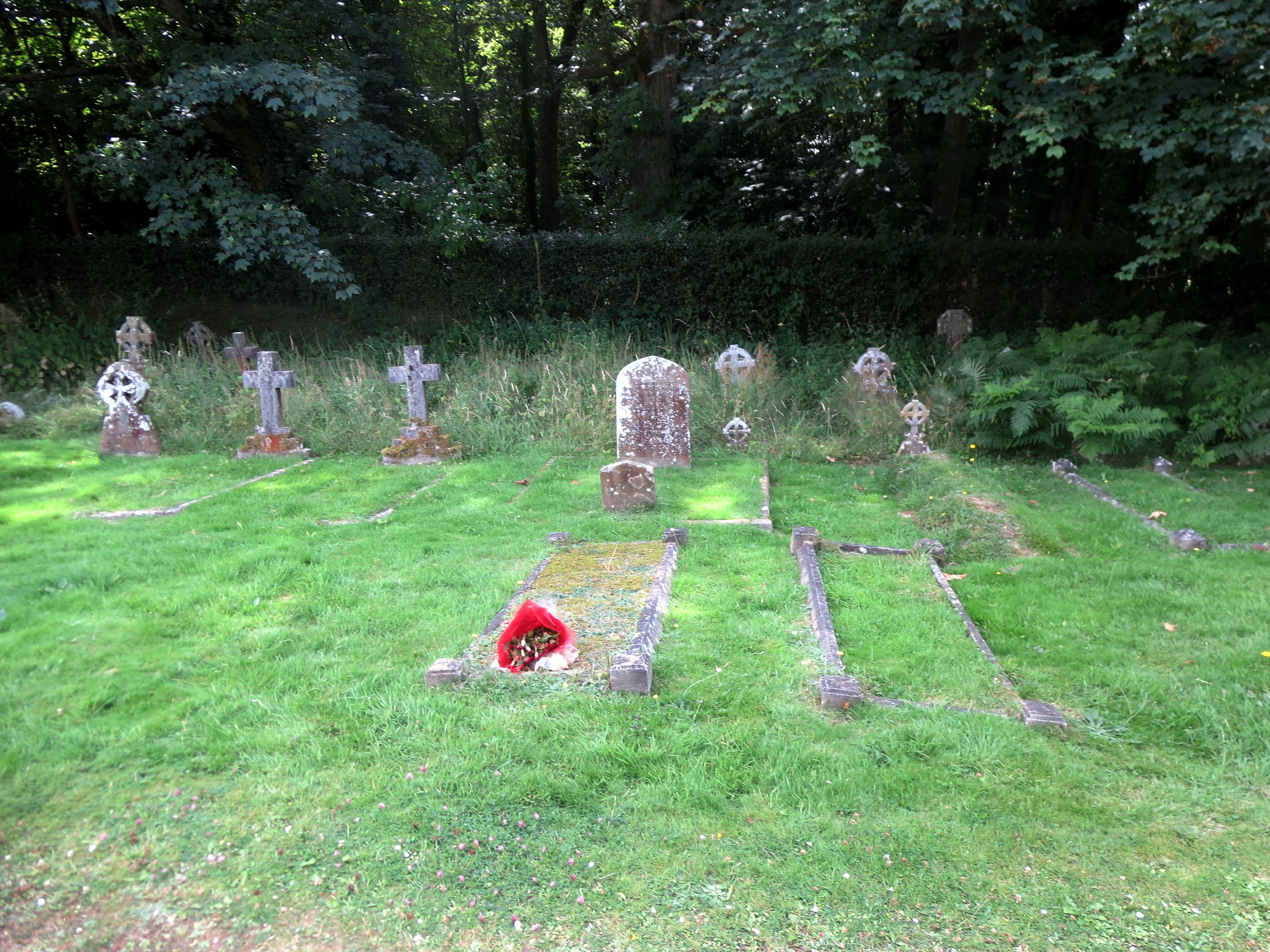 The grave of Annie Adelaide and James Buckland (D15?), with in the background (describe) the graves of her parents Thomas and Anne Overton (get better