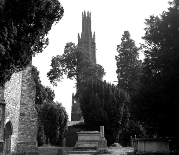 Hadlow Tower in 1977. The pinnacles were later removed for safety, but the tower has recently been restored (Geograph, Dr Neil