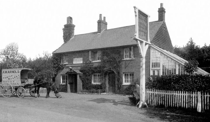 """""""The Grapes"""" in 1905. The name came from a vine growing in the glasshouse to the right (photogragh courtesy Barry Ray, Slaugham Archives)"""