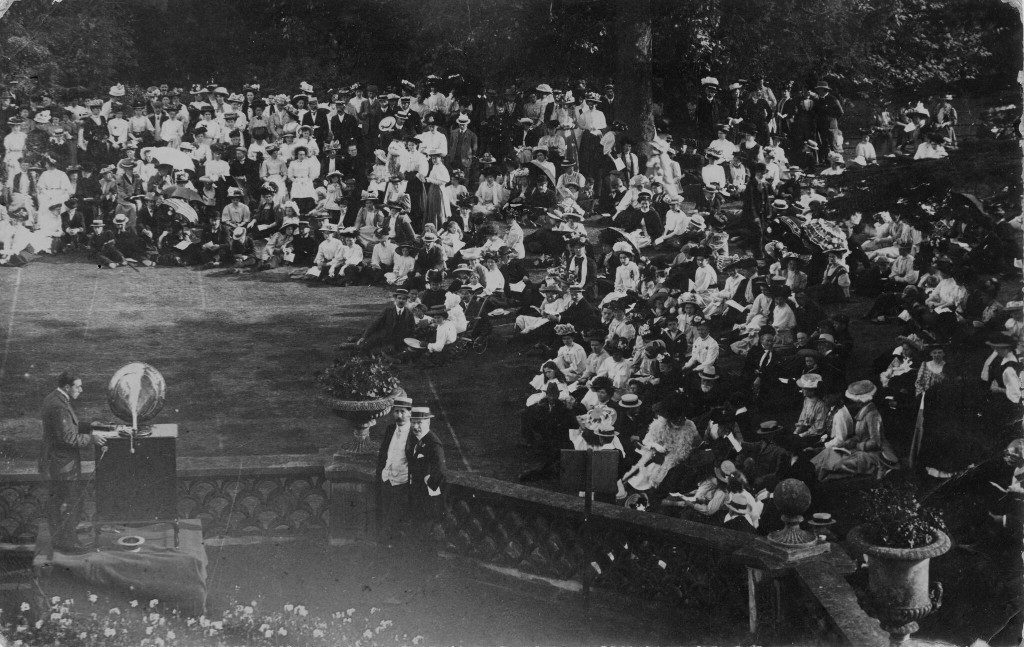 Auxeto Gramophone Concert at Denbies on 19th August 1908, no doubt organised by the Cubitts for their workers, Dorking